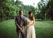 Padre desiste a último minuto de pagar la boda de su hijastra