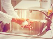 Cosas de loca: lavar mis manos ¡incluso si no las he ensuciado!