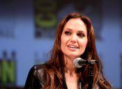 Angelina Jolie y su polémica mastectomía para evitar cáncer de mamas