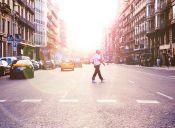 Pequeñas cosas terribles: peatones distraídos