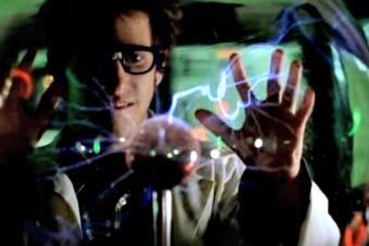 10 cualidades que nos atraen de: un científico loco