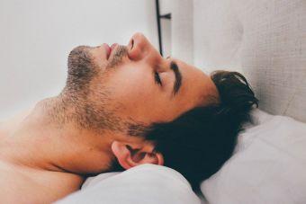 Cuando él se durmió en pleno acto