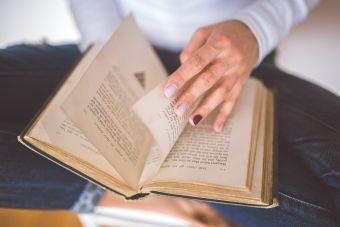 Cosas de loca: no poder salir de casa sin un libro
