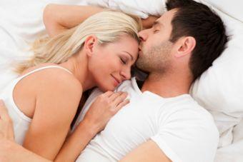 ¿Es bueno dormir acompañada en este tiempo?