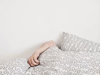 Cosas de loca: dormir con 6 almohadas