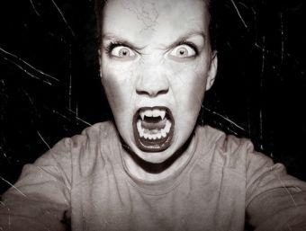 Vampiros emocionales: ¡Aléjate de ellos!
