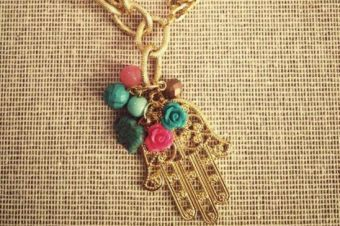 Tendencia: amuletos (jamsa)