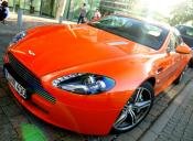 Para Aston Martin, llegar a más consumidores depende del mercado que se aborda