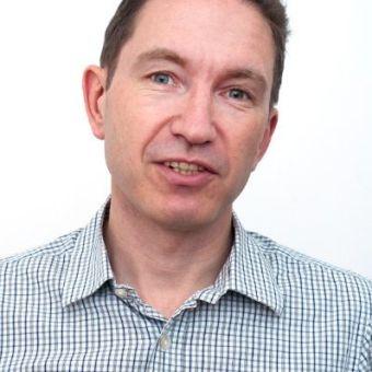 Entrevista a Simon Brickel [Co-Fundador y Director de Operaciones  de Monterosa + LVIS]