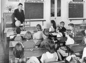 Profesores de colegios vulnerables ganan menos sueldo