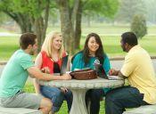 ¿Es mejor estudiar en grupo o solo?