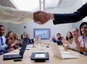 Las 10 carreras ligadas a lo social con los mejores sueldos