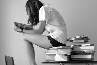 ¿Qué estudiar si me gusta la lectura y el análisis?