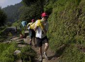 Voluntariar y caminar en Nepal, trekking con sentido social