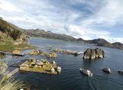 Imágenes Inspiradoras: Islas Flotantes en el Lago Titicaca