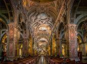 5 Iglesias Icónicas del eje Alameda los Domínicos