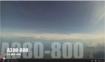 Video: Espectacular vista de aterrizaje en Hong Kong