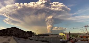 Volcán Calbuco hace erupción, información, videos e imágenes