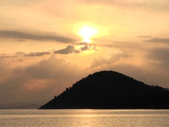 Imágenes inspiradoras: atardecer en Islas Skopelos, Grecia