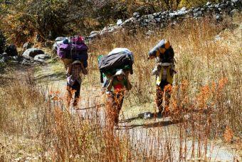 Imágenes inspiradoras: Porteros en los Himalayas, Nepal