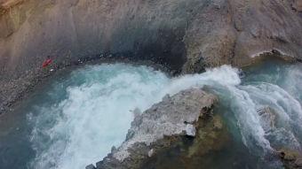 Salto Yeso, aventuras en Kayak en Cajón del Maipo