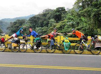 Sudamérica en bicicleta: Juan Dual y su aventura contra el cáncer