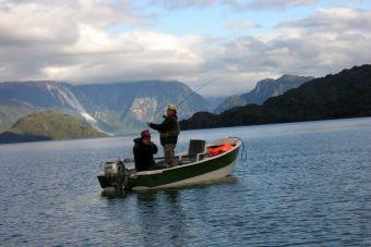 5 hermosos lugares para la pesca con mosca en Chile