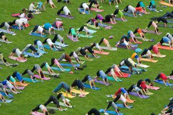 Yoga Day en Parque Bicentenario de Vitacura