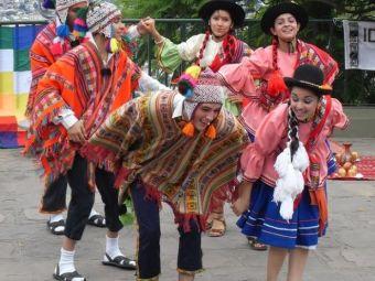 Fiesta Latinoamericana en Plaza Yungay de Valparaíso