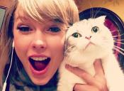 Un usuario de Imgur encontró a una señora idéntica a Taylor Swift