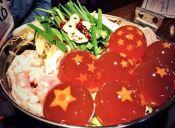 Este restaurante causa furor en Japón por su plato con esferas del dragón
