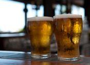 14 cosas que pasaron por tu cabeza la primera vez que probaste la cerveza