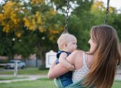 13 momentos incómodos que deben enfrentar las escolares que son mamás