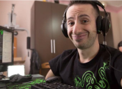Conoce la historia de MacsHG, el gamer de League of Legends que no tiene manos