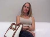 Profesora fue despedida luego de que sus alumnos la reconocieran en una película porno