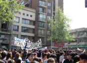 Estudiantes secundarios se tomaron la sede de la Democracia Cristiana