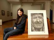 Una chica seca pa'l dibujo dejó loquito al jurado con retrato hiperrealista