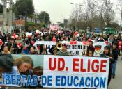 Colegios particulares marcharon en contra de la reforma educacional