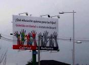 Presidenta de la Confepa explica el objetivo de las gigantografías en contra de la reforma