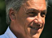 Piñera regresa cuestionando la reforma educacional