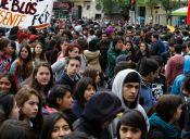 [FOTOS] Estudiantes marcharon hoy contra la Reforma Educacional del Gobierno