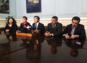 Cones critica al senador Ignacio Walker por buscar un acuerdo con la derecha en educación