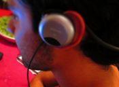 Música y audífonos: ¿La amenaza silenciosa?