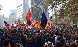 En imágenes: revisa cómo se vivió la marcha de la Confech