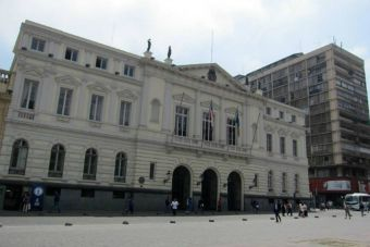 Conoce el plan de Santiago Centro para recuperar la calidad de liceos emblemáticos