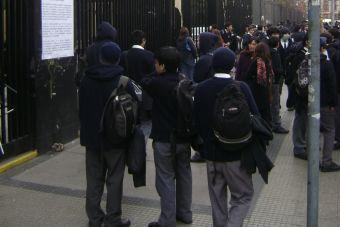 Alrededor de 674 mil escolares vuelven a clases en este súper lunes