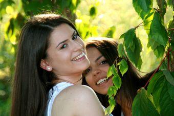 Solo las verdaderas amigas se llegan a dar besos en la boca - 2 part 5