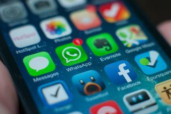 13 cosas que sólo entenderán los que tienen un grupo de WhatsApp familiar