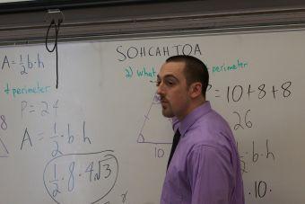 ¿Cómo saber si le caes mal a un profesor?