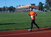 Maratonista atropellado en la Teletón vuelve a las pistas